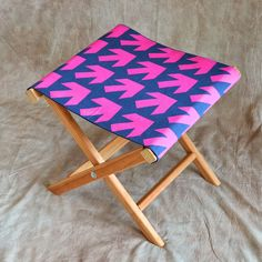 How to make a folding camp stool   How About Orange First project after the holidays!