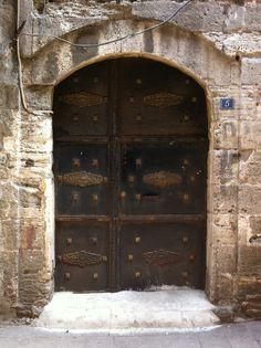 porte, portoni, portali, dove ci portano?