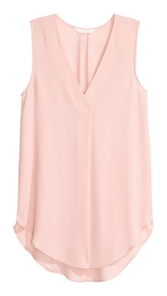 Gently flared, sleeveless blouse in airy crêpe with a V-neck with a pleat centre front and a rounded hem. Slightly longer at the back. The blouse is made partly from recycled polyester. Pink Lady, Powder Pink, Shirt Blouses, Sleeveless Blouse, Blouse Designs, Fashion Outfits, Fashion Tips, Spring Outfits, Fashion Online