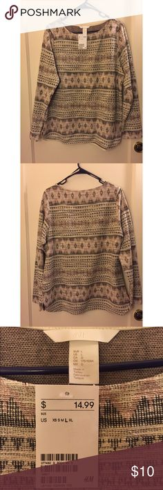 H&M Knit Sweater NWT H&M Knit sweater. Size Large. Cute and comfy sweater! H&M Sweaters Crew & Scoop Necks