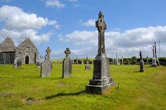 Tips on Traveling to Ireland Irish Potatoes, Irish Immigrants, Vacation Destinations, Dream Vacations, Vacation Spots, Erin Go Bragh, Irish Traditions, Emerald Isle, Emerald Green