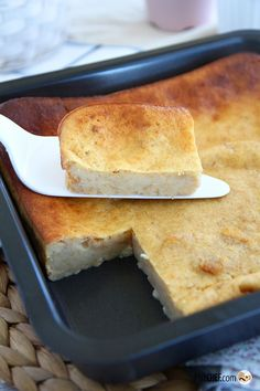 Bread pudding (simple and quick), Ptitchef recipe - Bread Recipes Chia Pudding, Malva Pudding, Avocado Pudding, Keto Pudding, Pudding Cake, Sweet Desserts, Sweet Recipes, Cake Recipes, Dessert Recipes