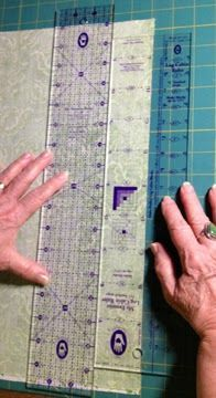 Moda... the Cutting Table: Two Tricks for Perfect Log Cabin Blocks