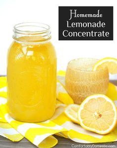 Summer's favorite thirst quencher! Homemade Lemonade Concentrate is a Minute Mai… Summer's favorite thirst quencher! Homemade Lemonade Concentrate is a Minute Maid Copy Cat Recipe Homemade Lemonade Recipes, Lemon Recipes, Cat Recipes, Recipies, Syrup Recipes, Martini Recipes, Refreshing Drinks, Summer Drinks, Lemonade Beyonce