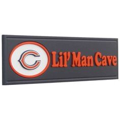 Perfect for my son's Bears room. Chicago Bears Room, Chicago Cubs Gifts, Bear Nursery, Nursery Room, Brice Lee, Jonathan Joseph, Sports Signs, Sports Baby, Baby Boy Rooms