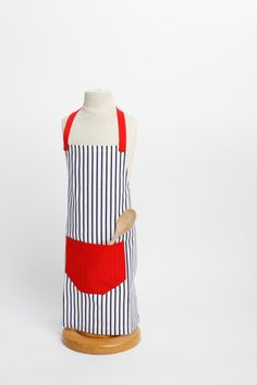 Sweet Bean Children's Apron – Retro Aprons By Violet Jones Vintage Retro Apron, Aprons Vintage, Vintage Style, Vintage Fashion, Childrens Aprons, Sweet, Handmade, Candy, Fashion Vintage