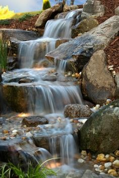 Amazing Fish Pond Ideas for Your Garden. Here we go, we give you some fish pond ideas. Has fish pond at home gives many advantages. From entertainment to eliminate boredom, beautify the look . Backyard Water Feature, Ponds Backyard, Beautiful Waterfalls, Beautiful Landscapes, Fish Pond Gardens, Water Gardens, Pond Landscaping, Tropical Landscaping, Garden Waterfall