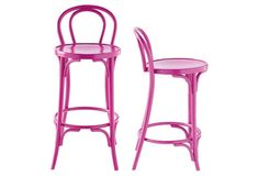 These berry accent chair make us blush!