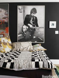 Rock n' Roll with Black - not sure I'm brave enough to paint walls black, but this seems kind of soothing....with different black & white photos for me personally.  I like the black and cream with a pop or two of color!