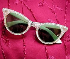 50's White Confetti Cats Eye Sunglasses by MorningGlorious on Etsy