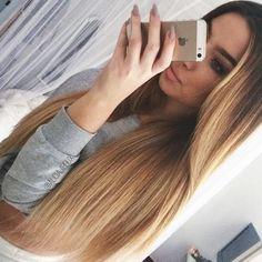 ses cheveux !!