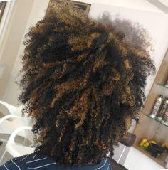 Luzes em cabelos crespos pode sim👊🏾