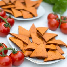 Tomato and Basil Lentil Chips Oil-free Vegetarian Crockpot Recipes, Cooking Recipes, Healthy Recipes, Keto Recipes, Dessert Recipes, Lentil Chips Recipe, Lentils Protein, Gluten Free Chips, Healthy Chips