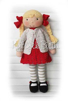 Kuferek Bietki: Millie,lalka na szydełku / Millie, Gehäkelte Puppe...