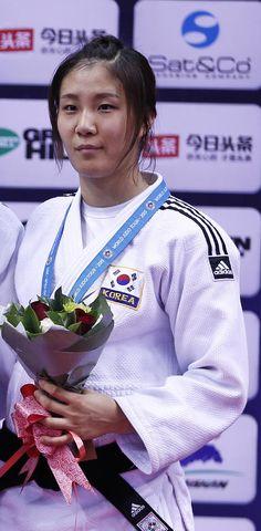 Ji-Yun Park Bak (South Korea)