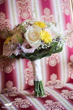 Hochzeit Schloss Mittersill – Nayli & Martin - Foto Sulzer Blog Girls Dresses, Flower Girl Dresses, Table Decorations, Wedding Dresses, Flowers, Blog, Fashion, Environment, Pictures