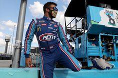 """Daddy don't tease,"" says NASCAR champion Chase Elliott."