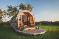 From clifftop campsites to harbour-side hideaways, below are twenty of the very best coastal glamping spots in the UK. Camping Pod, Camping Life, Camping Hacks, Outdoor Camping, Camping Trailers, Camping Outdoors, Camping Essentials, Camping Ideas, Glamping Holidays