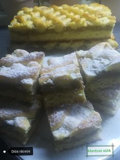 A legfinomabb Diós rácsos receptje, na ez nálunk a kedvenc! Naan, Food And Drink, Cakes, Dios, Food Cakes, Pastries, Torte, Cookies, Cake