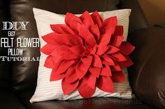 DIY Easy Felt Flower Pillow Tutorial