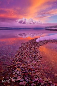 Travel Gallery: Lake McDonald at Glacier National Park, Montana United States