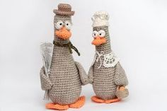 How to crochet a little beautiful wife for this goose.