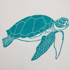 The full linocut print of my sea turtle in green Lino Design, Sea Creatures Drawing, Sea Turtle Pictures, Linocut Prints, Art Prints, Lino Art, Linoprint, Silk Screen Printing, Pottery Painting