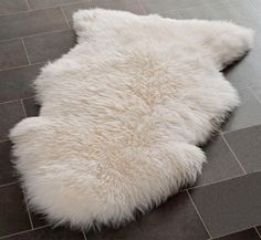 Genuine Large Sheepskin Rug with Extra Thick Wool (SuperLarge (120x70cm)): Amazon.co.uk: Kitchen & Home