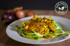 Kipcurry met courgettenoodles - Paleo Lifestyle