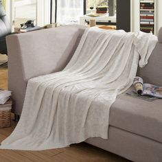 "Amazon.com: Home-organizer Tech 100-percent Cotton Cable Knitted Woven Soft Throw Sofa/bedding/couch Cover Diamond Pattern Blanket for All Season (47"" by 70"", Cream): Home & Kitchen"
