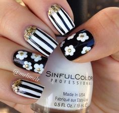 Beautiful nails might put you in an instant good mood. No matter how old you are, decorating your nails will always make you look more spirit and vitality. Cute Nail Art, Cute Nails, Pretty Nails, Fabulous Nails, Gorgeous Nails, Fancy Nails, Diy Nails, Nail Diamond, Nails Polish