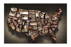 Ron Arad's book shelf.      photo by CURATED1951年、イスラエル生まれのRon Arad。マスプロダクツの中でいかにアート性を発揮できるか...