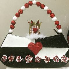 Who painted my roses red? The queen of hearts. Krewe of Nyx. Nyx purses. 2017. Made by @purseanalities follow on Instagram