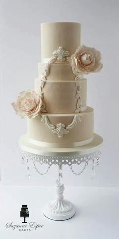 Wedding Cake Ideas: Beautiful, plus most doesn't have all that much frosting on it.