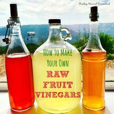 How to Make Homemade Fruit Vinegars (Artisan, Healthy, Raw, Gourmet, and EASY Vinegar Directions) — Home Healing Harvest Homestead Raw Apple Cider Vinegar, How To Make Beer, How To Make Homemade, Homemade Wine, Strawberry Vinegar, Gallon Mason Jars, Best Pickles, Gourmet