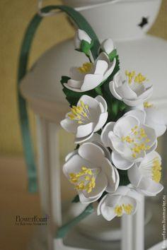 """Диадемы, обручи ручной работы. Ярмарка Мастеров - ручная работа. Купить Цветы из фоамирана. Ободок для волос """"Жасмин"""". Handmade. Белый"""