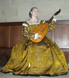 Baroness Catherine Grace Fitzlewis-  A Florentine Outfit in the Style of  the 1550s-1560s