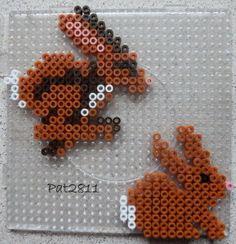 Modèle trouvé sur le site de Perler beads. Pour réaliser ces modèles, il vous faut 1 grande plaque carrée. Un clic sur l'image pour l'avoir en grande