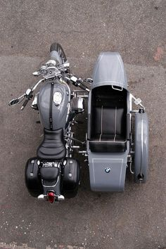 BMW R1200C with sidecar: Great for a road trip.