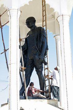 Ghandi statue in Pondicherry