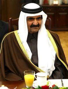 Hamad bin Khalifa Al Thani  è stato dal 1995 al 2013 l'emiro del Qatar.Il 25 giugno 2013 ha  abdicato in favore del figlio Tamin