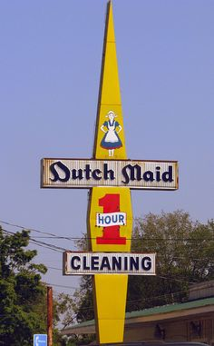 Dutch Maid 1 hour Cleaners sign Along Robertson Ave. on the west side of Nashville Old Neon Signs, Vintage Neon Signs, Neon Light Signs, Old Signs, Advertising Signs, Vintage Advertisements, Retro Signage, Sign Language Interpreter, Business Signs