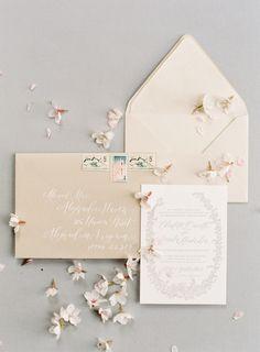 Simplistic wedding invitation suite: Photography: Angela Newton Roy - http://angelanewtonroy.com/