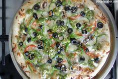 Pizza ranch vegetariana {brócoli, zucchini, champiñones, tomate & aceitunas} Pizza Ranch, Pizza Special, Snacks Saludables, Empanadas, Vegetable Pizza, Quiche, Zucchini, Tacos, Veggies
