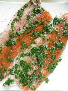 Tak bardzo smakowała mi ta ryba, że nie mogłam się jej najeść. To był naprawdę wyjątkowo pyszny i jednocześnie lekki posiłek. Pstrąg był b... Fish Dishes, Main Dishes, Kielbasa, Seafood, Brunch, Food And Drink, Tasty, Favorite Recipes, Chicken