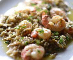 Come preparare il #risotto #carciofi e #gamberi - #ricetta http://www.lorointavola.it/come-preparare-il-risotto-carciofi-gamberi/