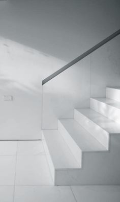 Fran Silvestre Navarro | House of the Porch, 2010