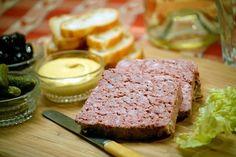 Pate gan | Dịch vụ nấu cỗ tại nhà: ►Nguyên liệu: 700 g gan gà 300 g gan lợn 80 g bánh mì khô 220 ml sữa tươi không đường 3 muỗng hạt nêm 2 muỗng đường, một muỗng hạt tiêu, 100 g mỡ lợn, 100 g hành tây. ►Cách làm: http://www.nhahangvuonglinh.com/2014/06/pate-gan.html