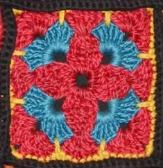 Happy granny square - Free Pattern (With a little different coloring I see a cross in the middle)