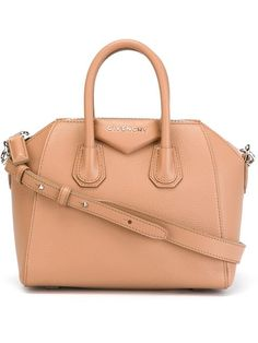 "Givenchy mini sac porté épaule ""Antigona"" 12500EUR"
